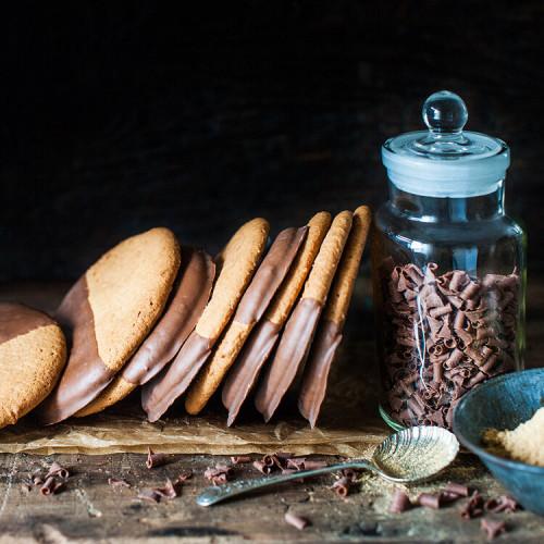 Ginger & Milk Chocolate Biscuits