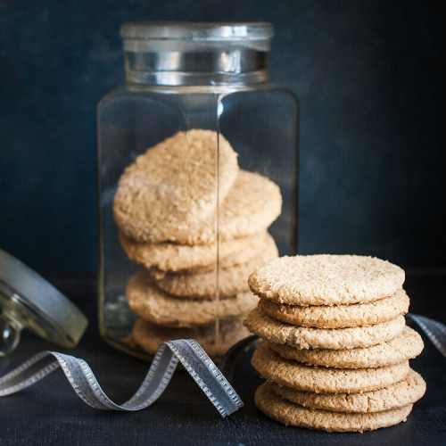 Oat Biscuits with Honey